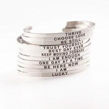 d0a5cf850b84 Pulseras de plata para las mujeres de acero inoxidable brazaletes grabado  aliento cartas mejor pareja amigo