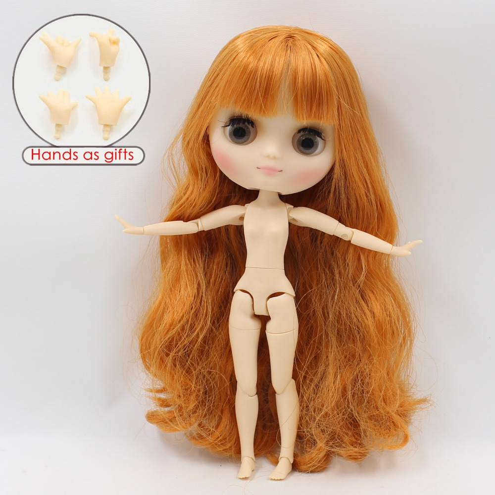 Middie Blythe Doll with Ginger Hair, Tilting-Head & Jointed Body 3