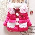 2015 Новый Ребенок зимняя одежда отложным воротником твердые розовые розы желтый цвет новорожденных девочек верхняя одежда снег износ A243