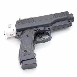 Image 2 - 2 x pistola de luz para disparar, videojuegos deportivos, una mano, controlador de arma para juegos de controlador de accesorios remotos Nintend Wii