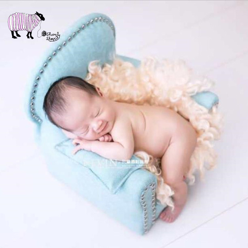 Newborn Baby Photography Wooden Sofa Props for Baby Boy Girl Posing Mini Arm Chair with Pillow fotografia Accessories Photo PropNewborn Baby Photography Wooden Sofa Props for Baby Boy Girl Posing Mini Arm Chair with Pillow fotografia Accessories Photo Prop