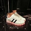 2017 Весна 11 Цвета Унисекс Led Мода пара Led Световой обувь Zapatos Hombre Свет Обувь для Взрослых Мужчин led Квартиры