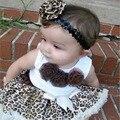 Ropa de los Bebés Fijó Ropa de Leopardo de Moda de Verano Conjunto Blanco Sin Mangas de la camiseta Y Falda de Estampado de Leopardo 2 UNIDS Conjunto