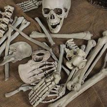 28Pcs of Bag Bones Halloween Skull Skeleton Figure Decorations Holiday Props Haunted House Plastic Skull Head toy Gift
