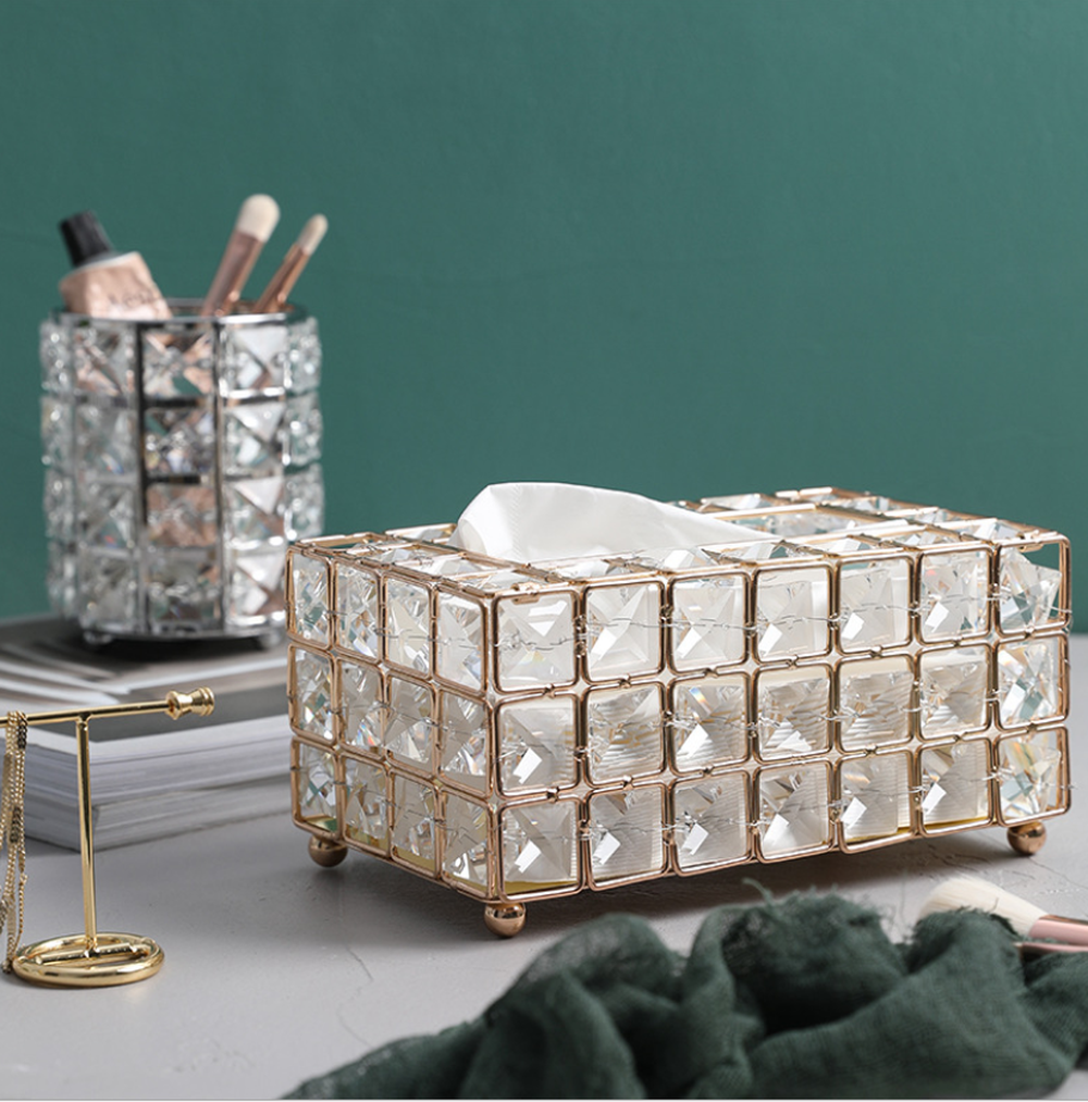 Image 2 - Light Luxury Gold plated Wrought Iron Tissue Box Living Room Storage Tray Napkin Holder Box For Creative Desktop Decoration-in Tissue Boxes from Home & Garden