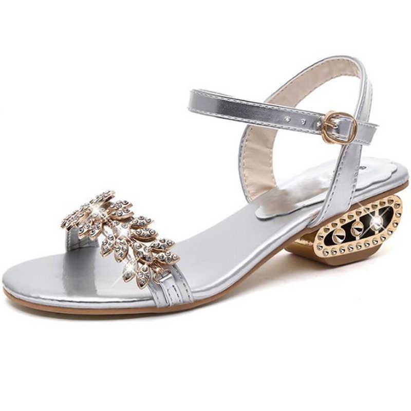 4f47d88c2 Красивые женские босоножки Новые Летние Высокое качество PU модные Женские  туфли со стразами Повседневное одноцветное Обувь