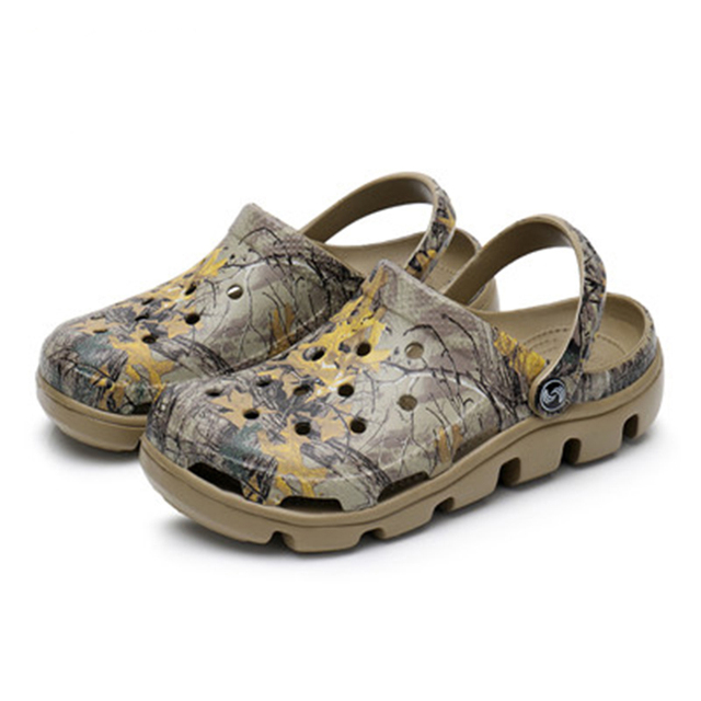424b84c135b7 New Summer Men Mules Clogs Eva Material Special Print Beach Garden Clog  Shoes Men s Family Travel Clog Shoes Slippers