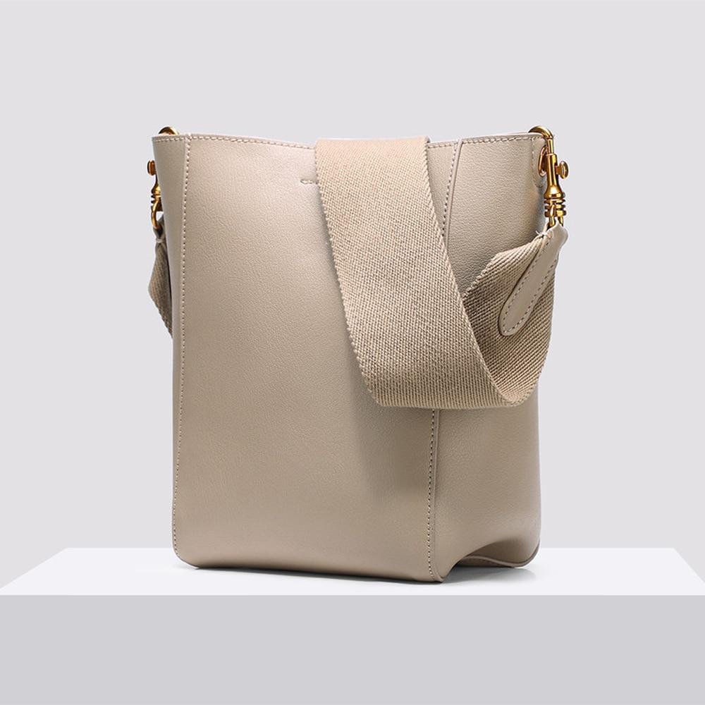 3f0fbb6c9fa1 2019 осень/зима новая женская сумка-мешок простой широкий ремень сумка на  плечо личи