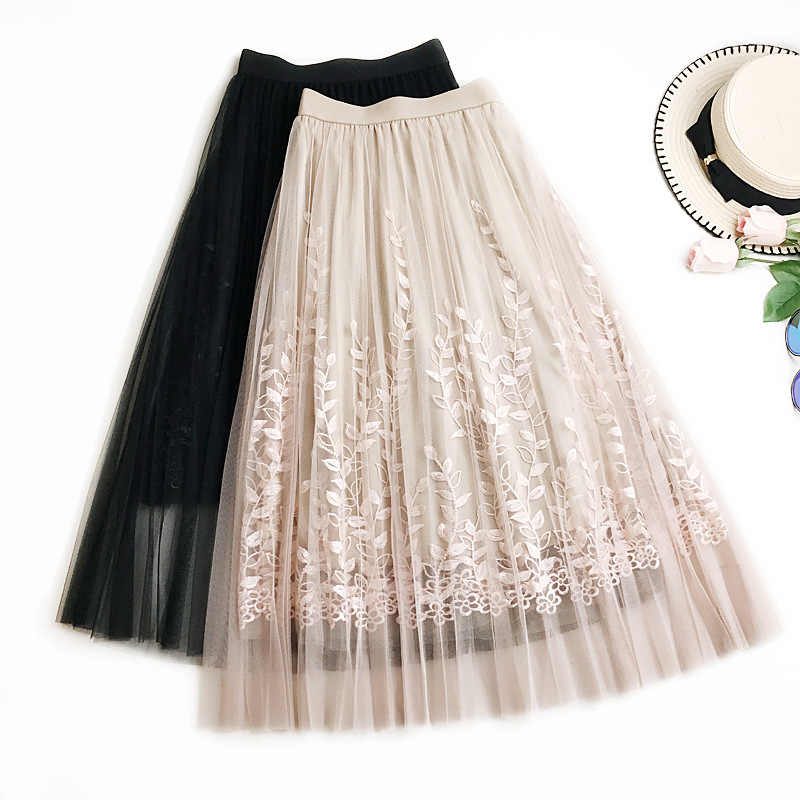 404af6fe6 Summer New Women Lace Skirt Fashion Embroidered Gauze Skirt Fairy Mesh with  Lining Knee-length