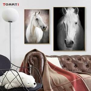 Image 4 - HD נורדי חיות כרזות הדפסי מודרני סוס בד ציור על קיר לסלון חדר שינה בית תפאורה שחור אמנות תמונות