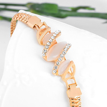 Austrian Crystal Cat Eye Stone Bracelet