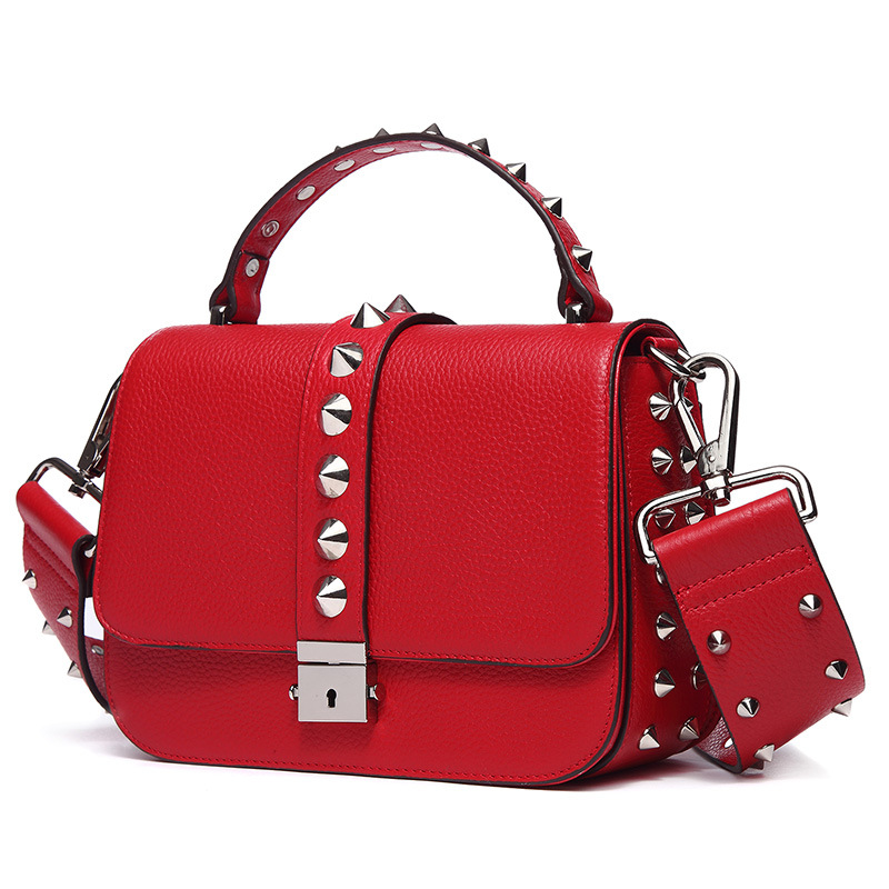 Luxury Handbag Women Genuine Leather Crossbody Shoulder Bag 2018 New Flap Metal Buckle Fashion Rivet Messenger Bag Small Clutch 100% genuine leather women bags luxury serpentine real leather women handbag new fashion messenger shoulder bag female totes 3