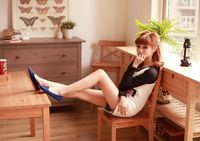 новая женщина мода заклепки кроссовки дамы плоские туфли на одного туфли