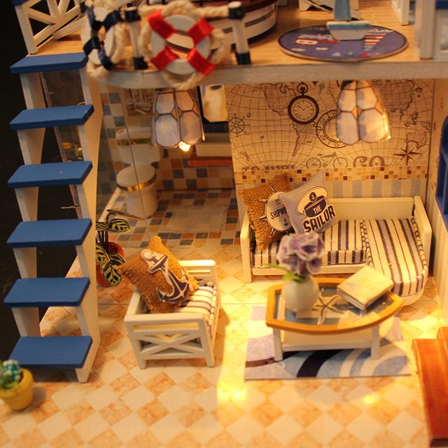 Marine Style Miniature Doll House