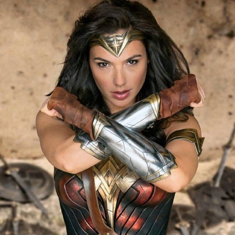 Wonder Woman Косплэй наручи маска установить Плёнки с партии украшения реквизит Хэллоуин маски декоративные наручные Комплект