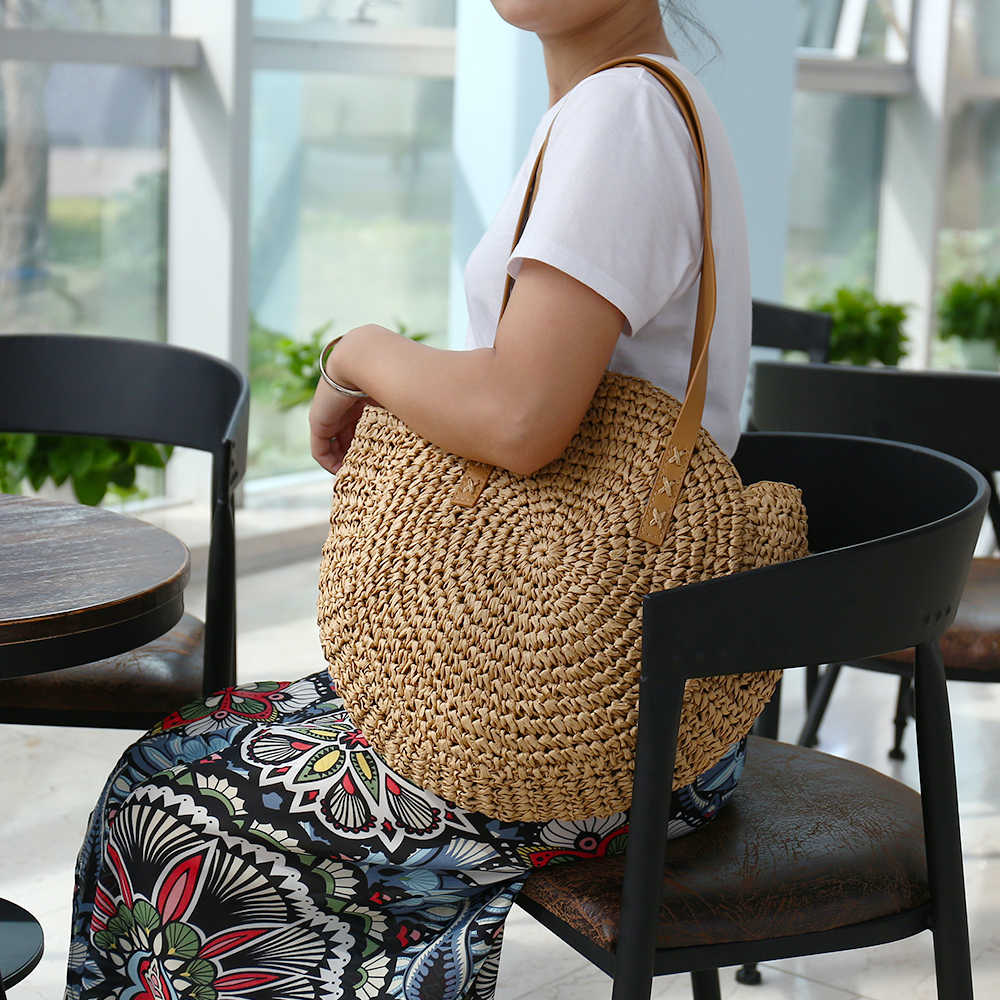 ... Hand-woven Round Woman s Shoulder Bag Handbag Bohemian Summer Straw  Beach Bag Travel Shopping Female ... 4b083c61ac572
