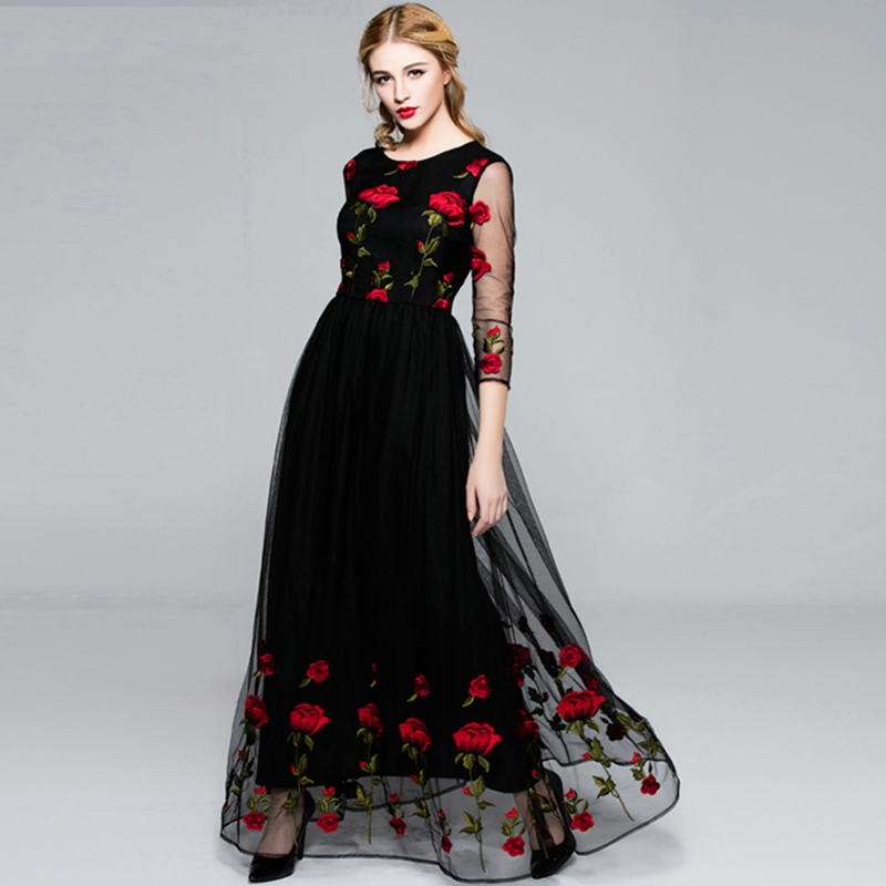 ... Flash sexy halter high-necked long-sleeved embroidery dress FT3997