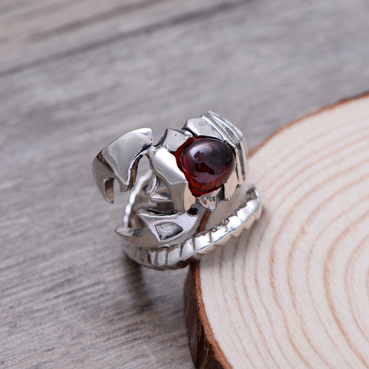 925 sterling silver jewelry inlaid silver retro synthetic garnet scorpion Wang Tianxie ring opening