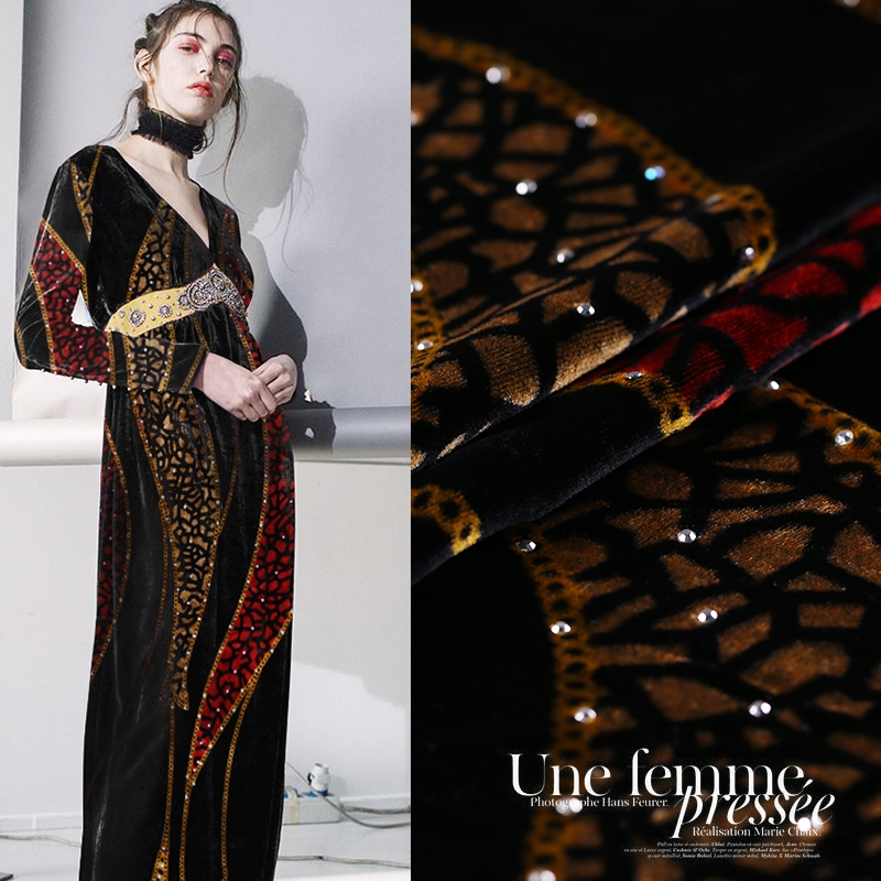 Hot drilling printing velvet fabric drape silk velvet fabric cheongsam gold velvet clothing silk fabric wholesale