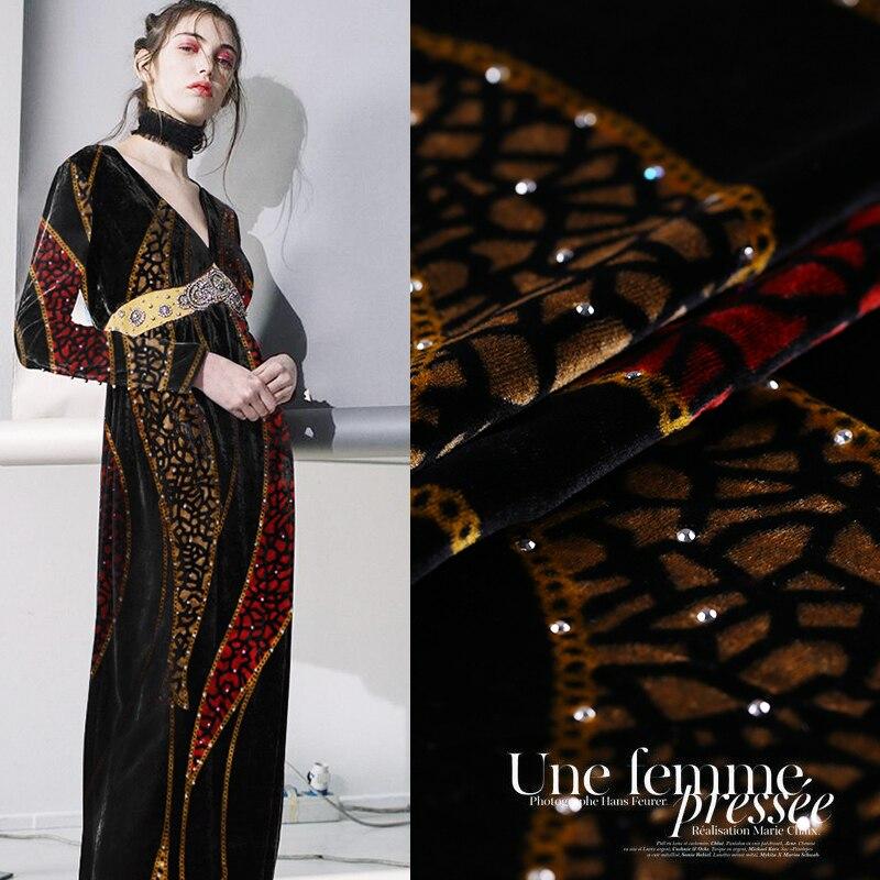 Stampa a caldo di perforazione velluto drappo di tessuto tessuto in velluto di seta cheongsam velluto oro abbigliamento tessuto di seta panno di seta all'ingrosso