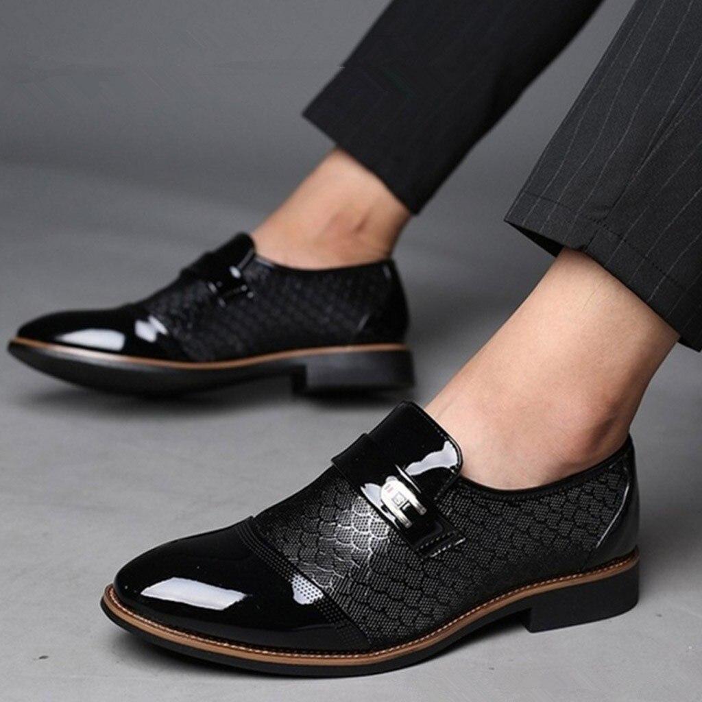 a5953e18a5cf7 2019 أزياء الرجال حذاء كاجوال الأعمال أحذية من الجلد عارضة وأشار اصبع القدم  حذاء الذكور دعوى أحذية herenschoenen instappers   G ~ Best Deal May 2019