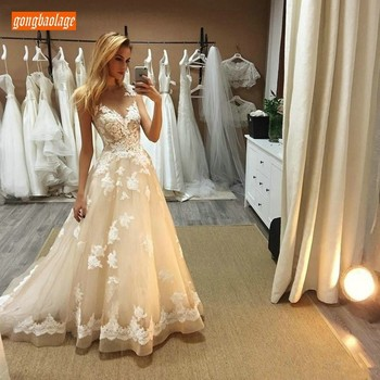 New Designer Top Quality Lace Appliqued Beige Wedding Dresses Customized 2019 Gorgeous Wedding Gowns Tulle A Line Bridal Dress