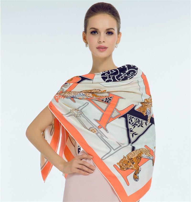 Luxury-Women-Brand-Silk-Scarf-Fashion-Leopard-Flower-Letter-Lady-Shawl-130cm-Big-Square-Pashmina-Hot (2)