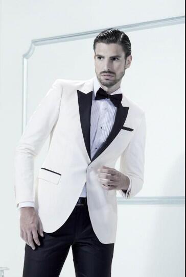Aliexpress.com  Acheter Mens 3 Pièce Costumes Blanc Smoking Veste Noir  Revers Personnalisé fait de Meilleur Homme Costume De Mariage Groomsman  Hommes ... 87b09c93684