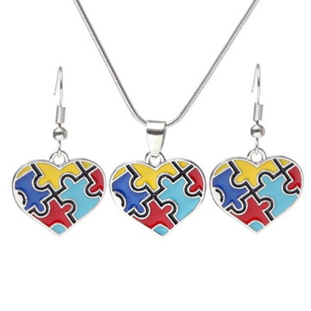 Hot Multi-kolorowe emalia wiedzy na temat autyzmu kawałek układanki serce wisiorek z łańcucha węża naszyjnik dla mężczyzn/kobiet biżuteria