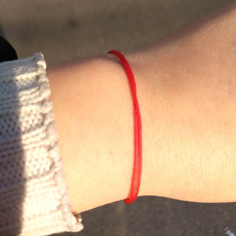 महिलाओं की सरल पतली लकी रेड स्ट्रिंग ब्रेसलेट नई फैशन गहने युगल कंगन जन्मदिन का उपहार
