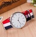 Nueva tela correa reloj simple de alta calidad multicolor Ginebra Hombres Relojes popular sport reloj de los hombres