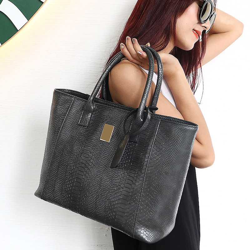 Women Bag 2017  Europe And America Brand Quality Women's PU Leather Handbags Alligator Shoulder Bags Composite bag Casual Tote