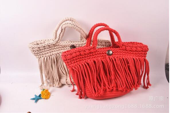 The 2018 summer new trend of printing large bag Fashion Shoulder Bag Handbag tassel braided tassels simple style