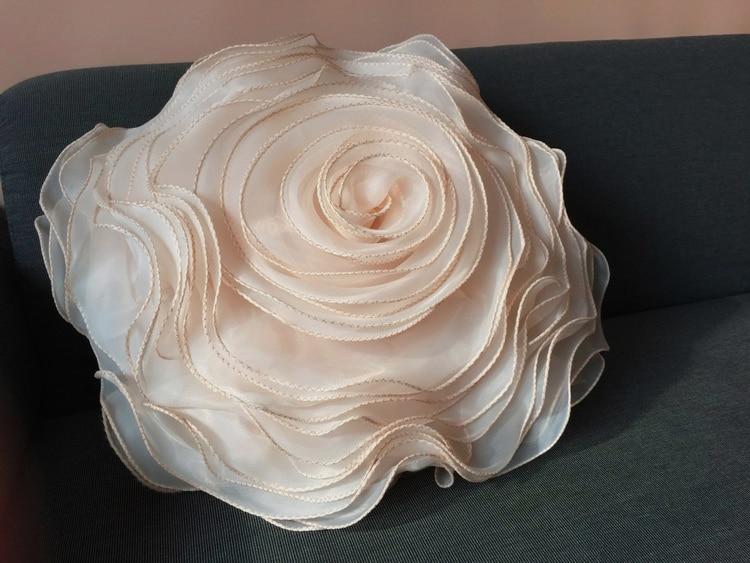 Round Luxurious Handmade Decorative Ruffle Rose Flower Big Wave Silk Organza Sofa Upgrade 3D Elegant Cushion Cover Pillow Case