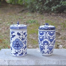 Chinese blue and white porcelain ornaments decorative ceramic vase decorations southeast wind tank