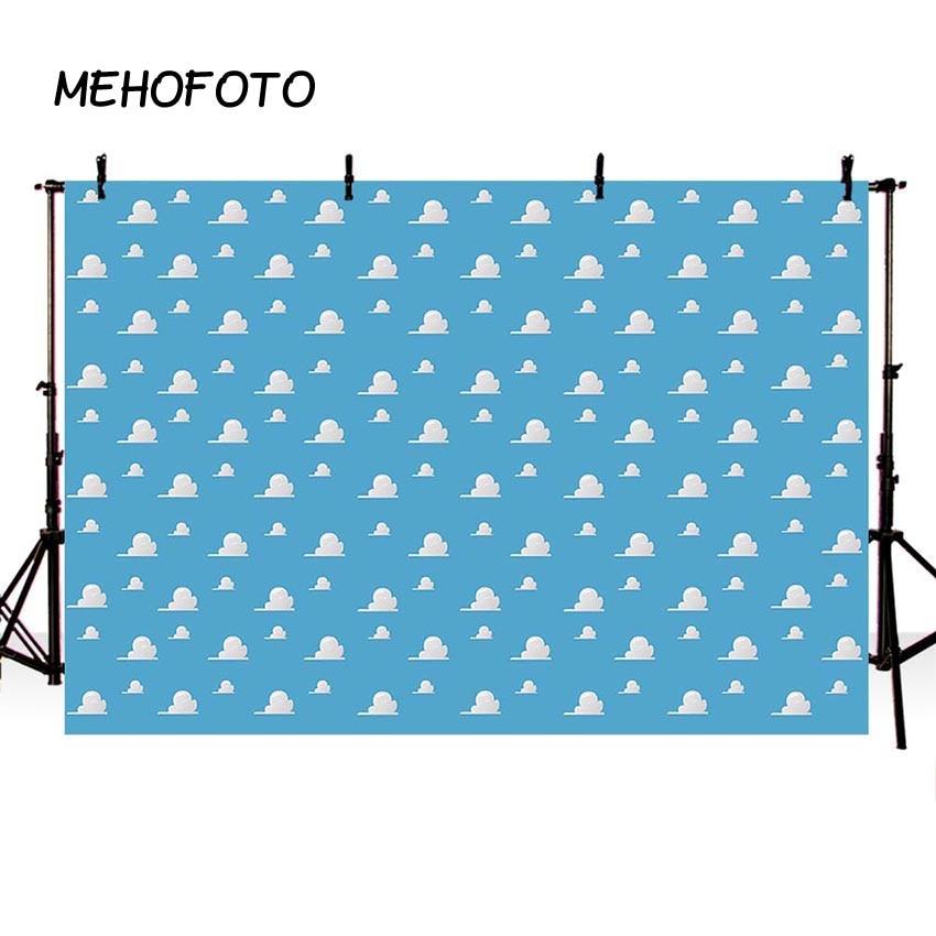 Azul cielo nubes blancas como telón de fondo de dibujos animados de los niños de decoraciones de fiesta de cumpleaños de juguete historia de cabina de la foto de fondo de mesa de postre Banne