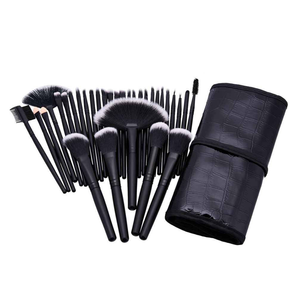 32Pcs Set Professional Makeup Brush Foundation Eye Shadows Lipsticks Powder Make Up Brushes Tools W Bag