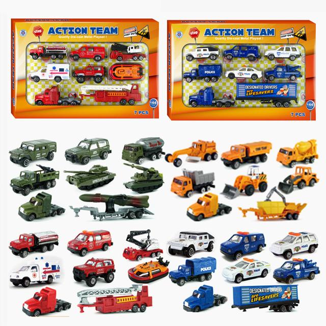 Nuevo estilo 4 cars diecast de juguete de aleación de modelos de coche para niño grúa de alta calidad barata de china toys sports car regalos caja de música de regalos colección