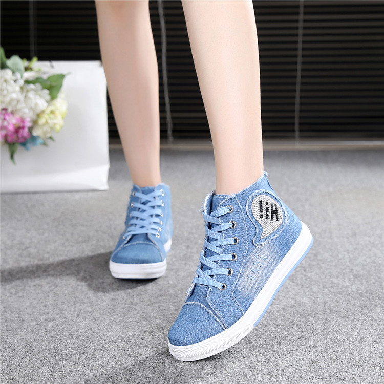 bb4a37cf22b Women s Platform Shoes Lace up Breathable Thick Flat Bottom Female Students  Sole Canvas Shoes Women Casual Shoe Zapatos Mujer-in Women s Flats from  Shoes on ...
