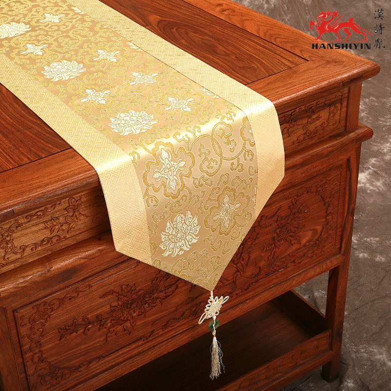 Elegant Extra Long Classic Chinese Knot Christmas Table Runners Luxury Silk Brocade  Coffee Table Cloth High Grade Bed Runner Multi Color In Table Runners From  Home ...