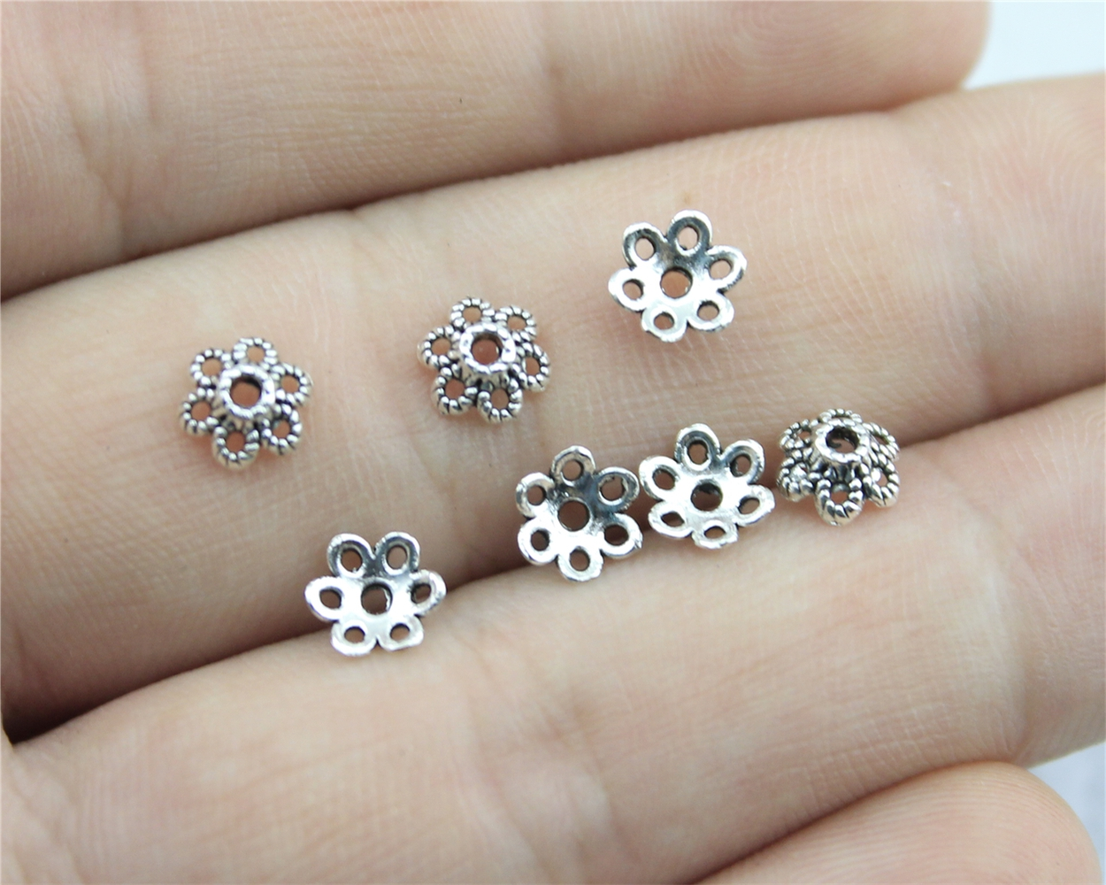 WYSIWYG 120pcs 6*6mm Antique Silver Color Receptacle Flower Torus DIY Spaced Apart Jewelry Finding Accessories