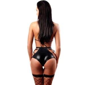 Image 2 - Sexy Frauen wetlook Leder Dessous bh set Heißer Erotische Bodys Kostüm micro bikini Set Latex Catsuit Dame pvc fetisch clubwear