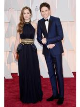 Oscar Eddie Redmayne Groom Tuxedos Peak Lapel Men s Suit Navy Blue Bridegroom Wedding Prom Suits