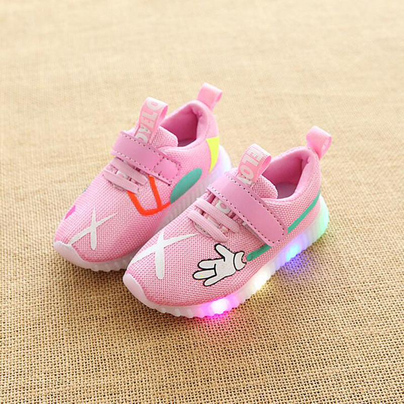 2018 New Children LED shoes Mesh breathable boys girls glowing sneakers casual kids shoes with Light up baby toddlers shoes 1-6Y