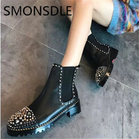 2018 New Fashion Spring Autumn Genuine Leather Women Ankle Boots Black Metal Studded Women Martin Boots Slip On Shoes Woman