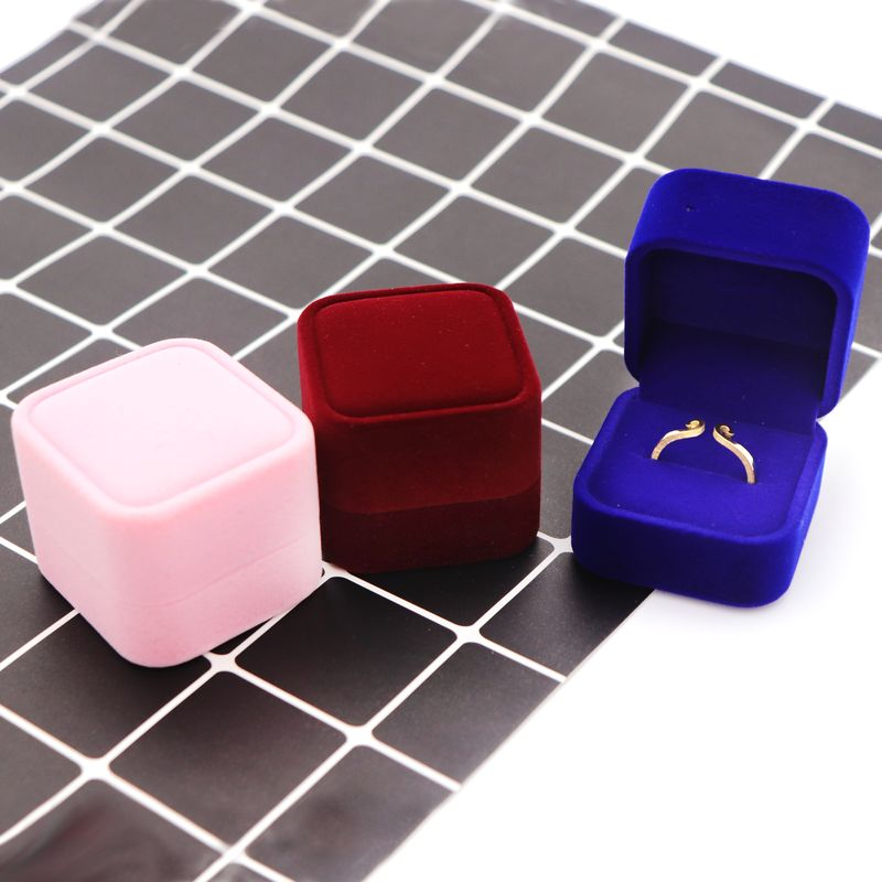 1 Piece Velvet Flocking Elegant Engagement Wedding Gift Ring Box For Jewelry Store Display Storage Holder Packing Wholesale