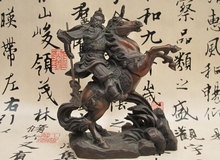 wholesale factory China Folk Red Bronze Dragon Guan Gong holding knife Ride Horse Warrior Statue 6.6
