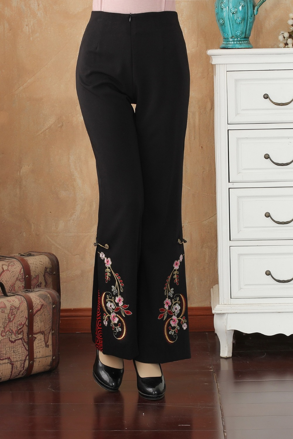 Vintage Black Chinese Women Embroidery Trousers Autumn Winter Full Length Flare Pant Flower M L XL XXL 3XL 4XL 2513-1