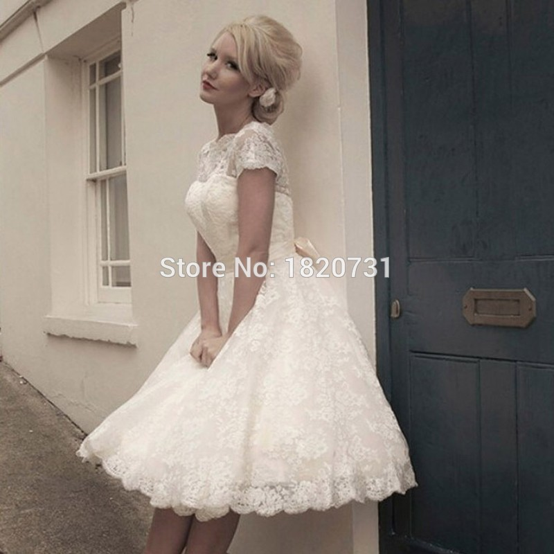 Vestidos De Novia Cheap See Through Pretty Appliques Plus Size Scoop Knee-Length Lace Short Wedding Dresses Garden Bridal Gown