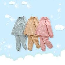 Комплект из 2 предметов, осенне-весенний хлопковый топ для маленьких мальчиков и девочек+ штаны, одежда для сна длинная одежда с вырезом лодочкой